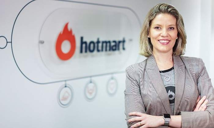 Maíra García, Europe Marketing Manager en Hotmart
